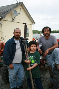 Martin and son Mimo, our veggie farmers & Pedro, our fruit farmer.