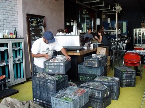Martin organizing the crates of delicioso MimoMex produce