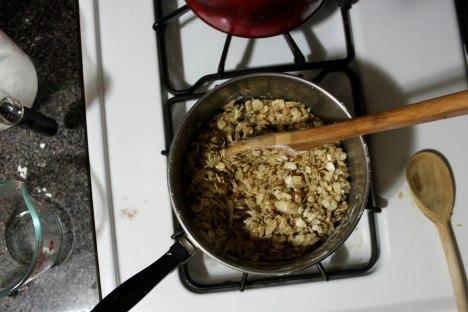granola crisp02b pic by Beth Arnold